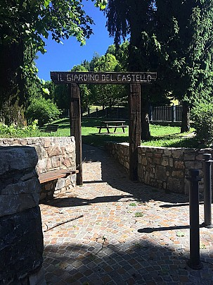 giardino castello 1