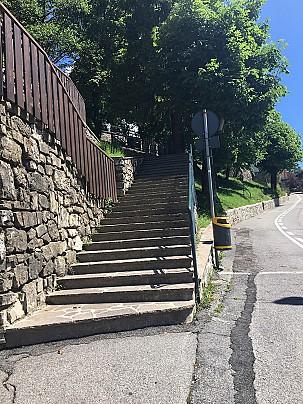 scalinata chiesa-comune 2