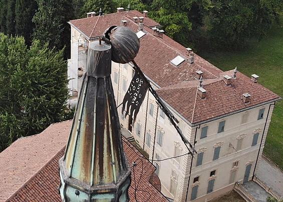 Messa in sicurezza la croce del campanile