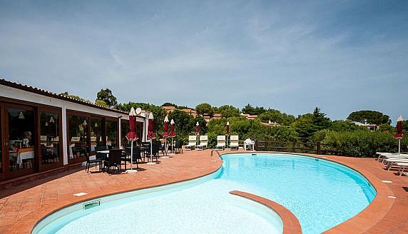 pool--v12877720-1280
