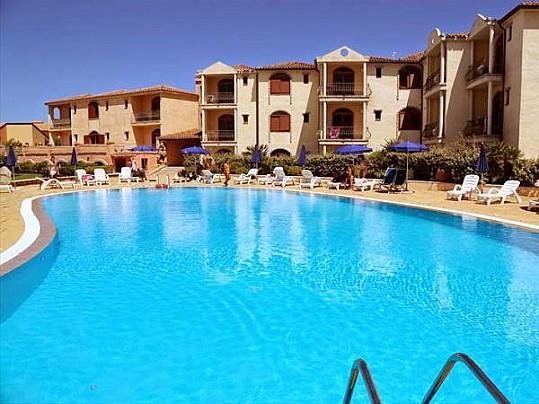 caesar-tour-club-esse-posada-beach-resort--palau-loc-capo-d-orso-185