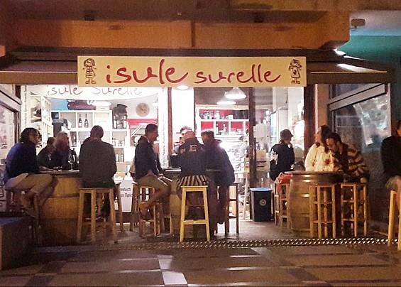 Isule Surelle
