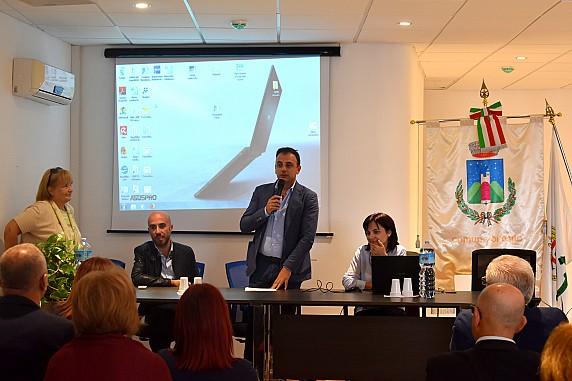 3 - Osilo, meeting internazionale - Intervento del sindaco Giovanni Ligios