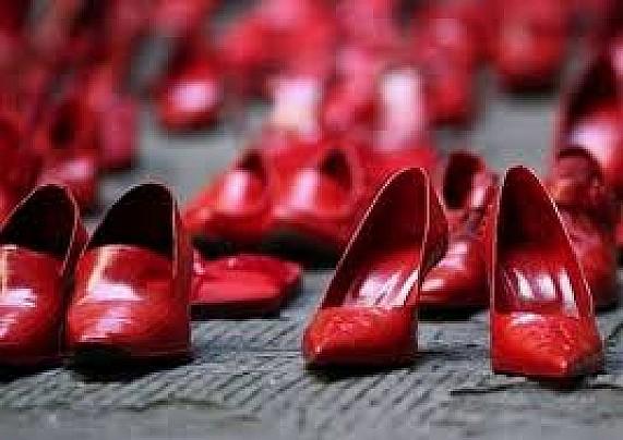 violenza_sulle_donne_scarpe_rosse