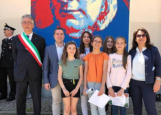 """5 MAGGIO 2020 - """"Santena a colori"""", il concorso per individuare lo sfondo del manifesto della Festa della Repubblica"""