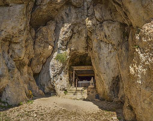 pano_ingresso_della_grotta_1