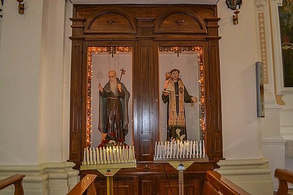 statue-di-sant-antonio-da-padova-e-sant-antonio-abate