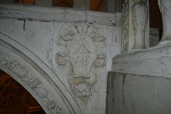 stemma nobiliare della chiesa di santa maria (2)