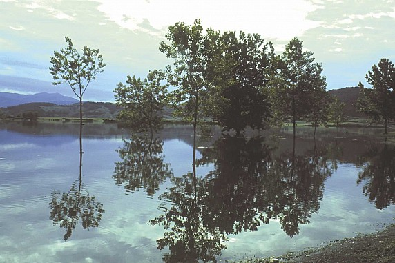 Canterno-Natura-Lago-04_jpg