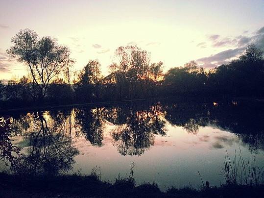 tramonto al laghetto zizza