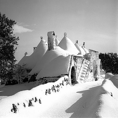 Trulli coperti dalla neve