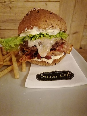 Hamburger Senner Pub