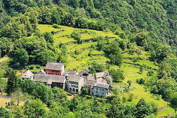 7-Valle Anzasca_Calasca Castiglione_Colombetti_1627_LR