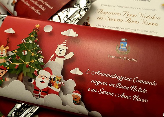Forino, la magia del Natale: consegna cioccolata ai piccoli della comunità