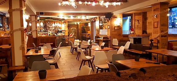 Interno Senner Pub Macugnaga