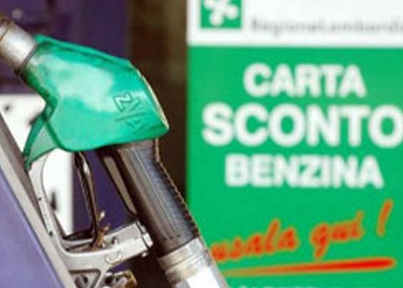 Sospensione dello sconto carburante